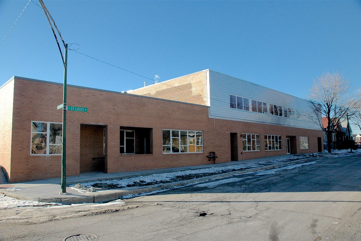 exterior of Breakthrough Men's Center in 2008