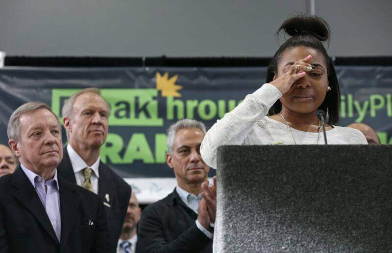 youth from East Garfield Park community speaks at Breakthrough FamilyPlex opening ceremony