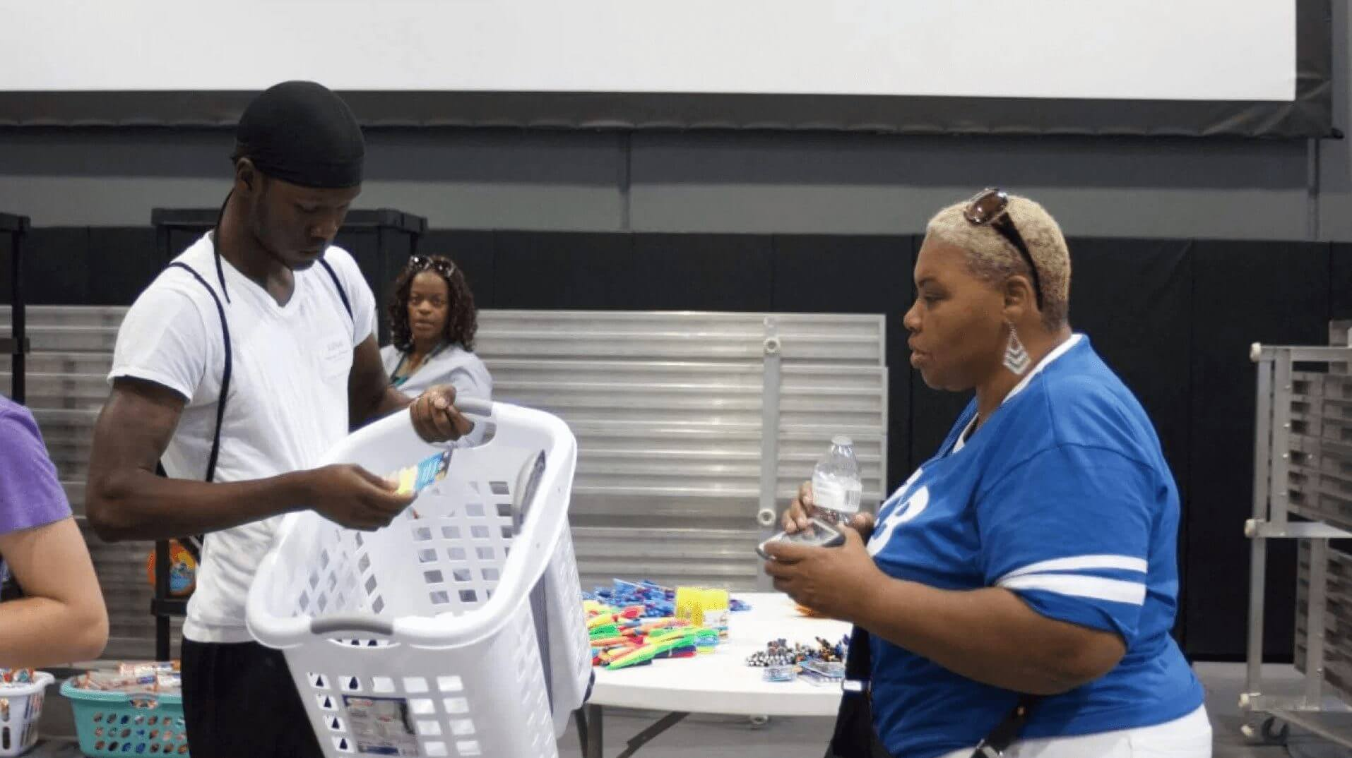 Community members shopping at Breakthrough Trunk Party