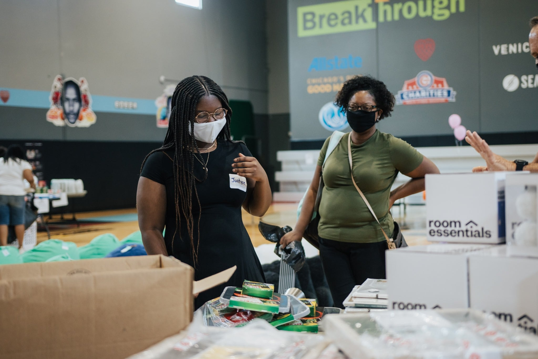 Help Send West Side Students To College By Donating Dorm Room Items 2